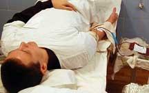 Рабочие Днепроспецстали сдают кровь для детской онкогематологии
