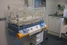 Пятой детской больнице Запорожье надо 20 кувезов