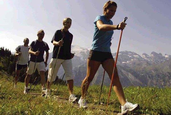 Терренкур – лечебная ходьба, усиливающая выносливость и тренирующая сердечно-сосудистый аппарат и органы дыхания.