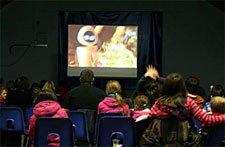 В США и Португалии появились специальные киносеансы для детей с аутизмом