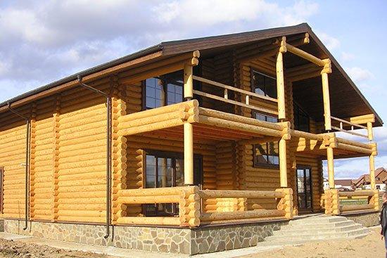 Строим дома из оцилиндрованного бревна быстро и по средствам