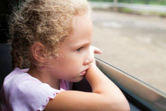 Что делать, если ребенок стал заложником негативной психоэмоциональной ситуации
