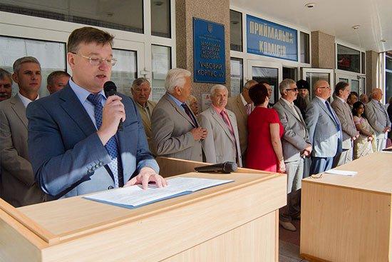 Первый заместитель Министра здравоохранения Украины Руслан Салютин