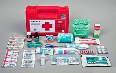 Что необходимо обязательно иметь в домашней аптечке?