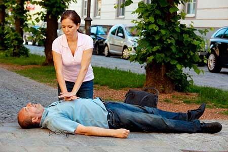 Первая помощь на улице